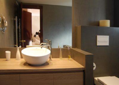 Reforma de baño revestido de microcemento